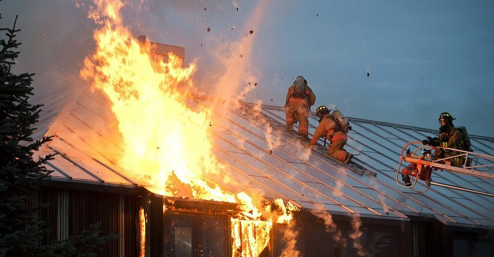 Choosing Naturally Fire-Resistant Construction Materials To Fireproof Your Home