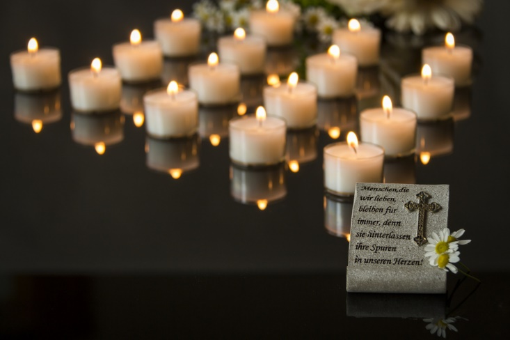 How to Plan and Execute a Heartfelt Eulogy and Funeral