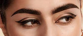 4 Best Tips for Flawless Henna Brows